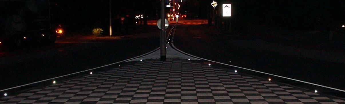Punktowe elementy odblaskowe na drodze I Jezdni